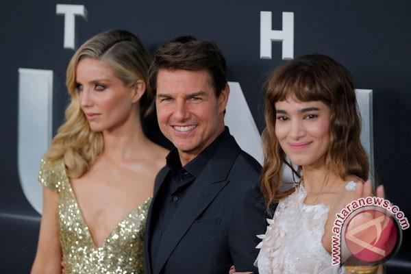 Tom Cruise Samakan Membuat Film Dengan Liburan