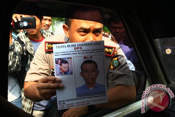 Pelaku Penembakan Di New Zealand Image: Pelaku Penembakan Italia Chandra Serahkan Diri Di Lampung