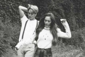Kai EXO dan Krystal f(x) putus
