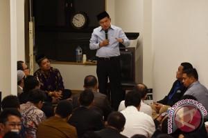 Wapres Tarawih Di Masjid Indonesia Tokyo