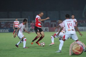 Pelatih Persipura Liestiadi mundur