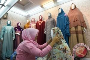 Tingkatkan Stok Busana Muslim