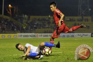 Semen Padang menang 2-1 atas PSM