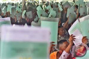 Presiden bagikan 2.500 lebih sertifikat tanah di Tasikmalaya