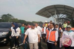 Dua pekan jelang lebaran, Menteri Basuki cek kesiapan jalan