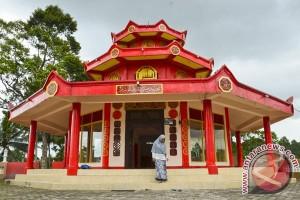 Musala Berarsitektur Pagoda