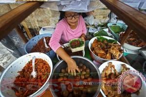 PKL makanan Malioboro sepakat tidak getok harga