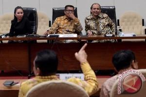 Pansus Angket KPK lanjutkan pembahasan awal Juli