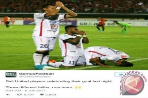 Dunia pun soroti foto doa lintas agama tiga pemain Bali United