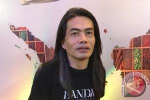 Racikan dokumenter Jay Subiyakto