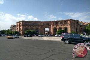 """Yerevan, kota yang serba """"pink"""""""