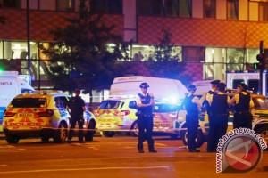 Update van tabrak jemaah salat di London: satu orang tewas