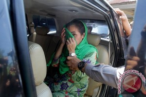 Bengkulu governor and wife officially named corruption suspects