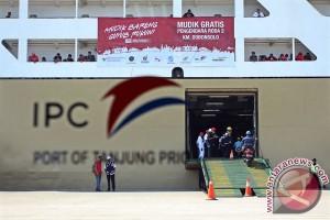 Puncak arus balik Tanjung Priok diprediksi Sabtu pagi