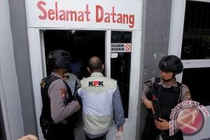 KPK geledah ruang kerja Gubernur Bengkulu