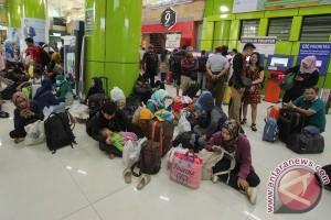 Stasiun Rangkasbitung mulai ramai arus balik