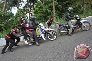 Polresta Pekanbaru gencarkan patroli rumah kosong
