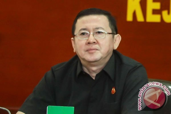 Kejagung tahan eks pejabat pajak