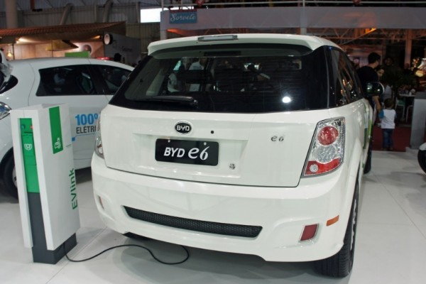 Puluhan model mobil listrik produksi China akan mengaspal pada 2020