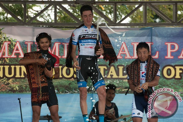 Morey wins first stage of Tour de Flores
