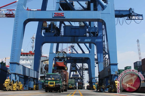 Tanjung Priok to serve as model for port efficiency