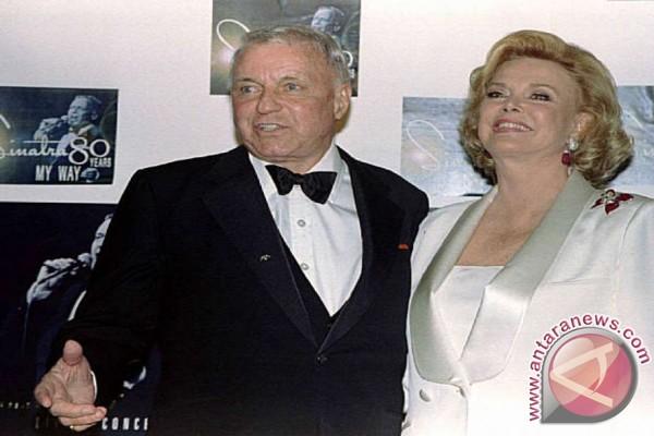 Istri Frank Sinatra Meninggal Dunia