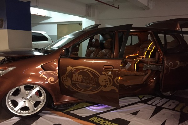 tiga interior mobil terbaik mbtech awards bali otomotif antara news. Black Bedroom Furniture Sets. Home Design Ideas