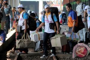 Penumpang KA Daop Surabaya berangsur normal