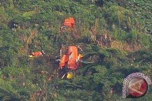 Warga dilarang mendekat ke lokasi jatuhnya helikopter Basarnas