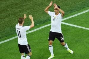 Semangat tim muda Jerman bikin Joachim Loew terkesan