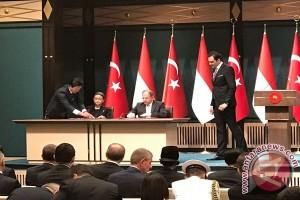 Jokowi-Erdogan saksikan penandatangan dokumen kemitraan