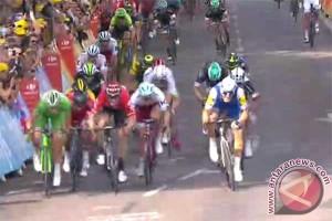 Kittel raih kemenangan di tahap enam Tour de France