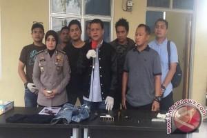 Polisi tembak mati Saiful penembak dokter gigi Italia Chandra Kirana Putri