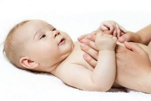 20 bayi dicukur bareng