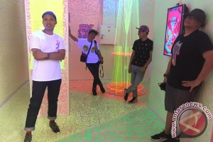 Empat seniman berkreasi dalam instalasi seni Play In Progress