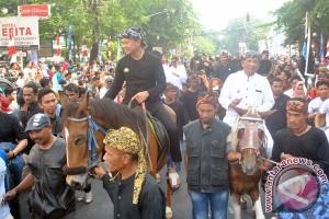 Warga Bogor tumpah ruah saksikan Pawai Helaran
