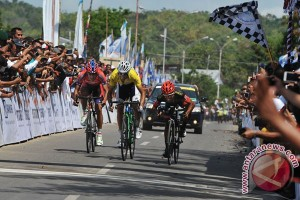 Gubernur sambut peserta Tour de Flores di Labuan Bajo
