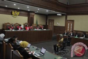 Hakim: Pelaksanaan KTP-e penuh kolusi