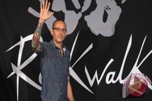 """Linkin Park sempat syuting """"Carpool Karaoke"""" sebelum kematian Chester"""