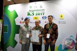 Hutama Karya raih sembilan penghargaan Golden Flag dari Menakertrans RI