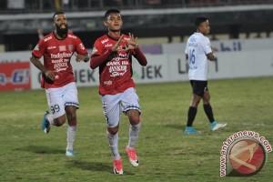 Bali United tundukkan PSM 3-0