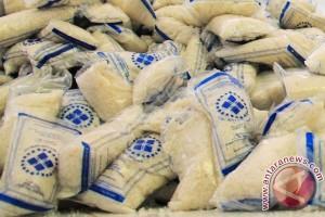 27.500 ton garam impor tiba hari ini, disebar ke tiga provinsi