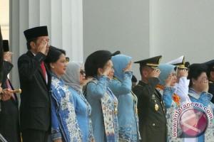Presiden minta TNI-Polri terus jaga soliditas