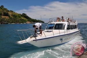 Dua laksamana Bakamla selamatkan penumpang speedboat