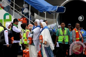 454 jamaah kloter 12 tiba di Makassar