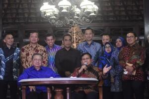 Kemarin SBY bertemu Prabowo, Persib berduka, Presiden tanggapi Perppu Ormas