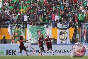 Persipura Tahan Imbang Sriwijaya FC