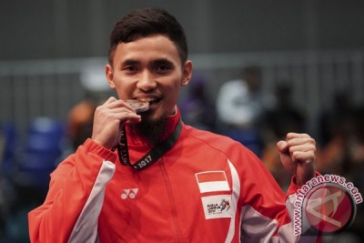 Ahmad Hulaefi Raih Perak
