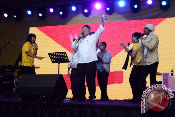 Hadiri Indonesia Happy, Menteri Basuki aksi Stand Up Comedy