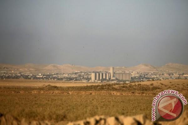 Operasi mengusir ISIS dari benteng terakhirnya di Irak dimulai